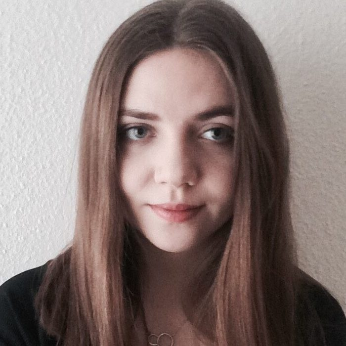 Kinga, Polish student